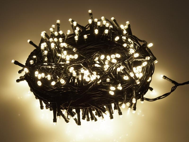 Nye LED Lyskæde med Varm Hvidt Lys - Matronics CA-86